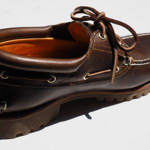 shoe-505365_1280
