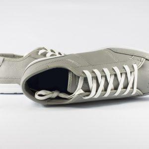 shoes-832875_1280
