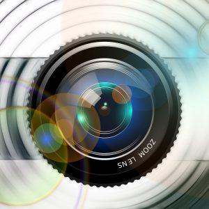lens-826309_1920
